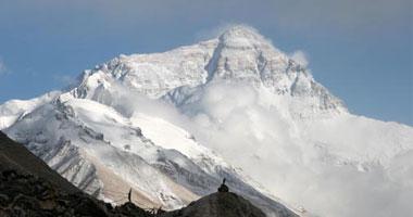 وفاة 3 متسلقين هنود على منحدرات جبل إفرست وارتفاع حصيلة الموسم إلى 7 أشخاص