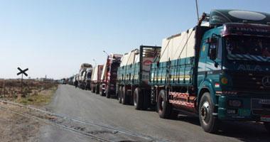 تكدس مئات الشاحنات بالسلوم