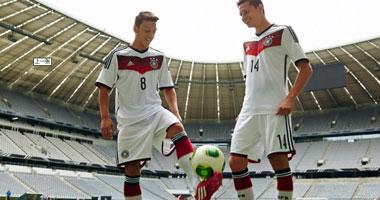 بالصور.. ألمانيا تكشف عن قميص المونديال