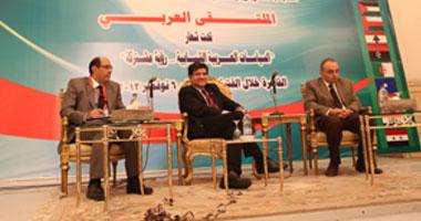 محمد النشائى الحائز على جائزة نوبل فى الفيزياء