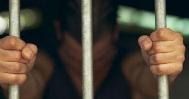 المدرسان ثبت قيامهما بالاتجار فى الحشيش والهيروين