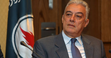 بلاغ للنائب العام يتهم 4 مسئولين بالبترول بالتسبب فى أزمة الكهرباء