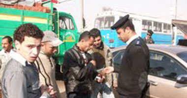مخالفات بمرور السويس للسائقين المغالين فى الأجرة
