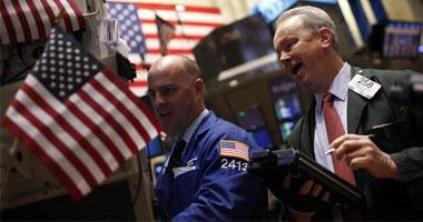 ستاندرد آند بورز وداو يغلقان على تراجع طفيف بسبب مخاوف التجارة
