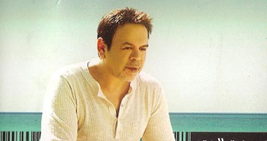 """خالد عجاج يسجل  أغنية """"سينجل"""" جديدة.. اعرف التفاصيل"""
