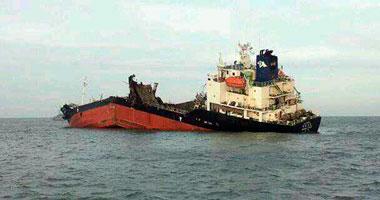 مصرع شخص وفقدان 10 آخرين فى انقلاب سفينة شحن جنوبى الصين