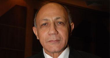 """""""غرب القاهرة"""" يقرر إخلاء """"الكافيهات"""" والمقاهى المقامة بدون ترخيص"""