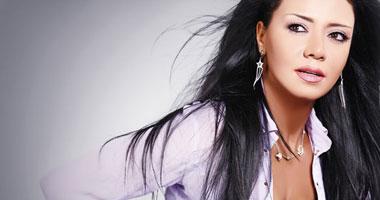 """مخرج """"عيون الحب"""" يختار رانيا يوسف وماجد المصرى لبطولة المسلسل"""