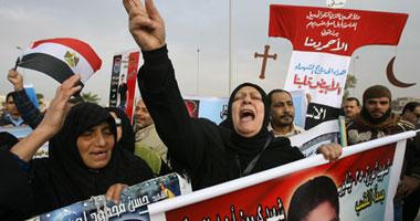 أسر الشهداء يهددون بإعدام مبارك بأيديهم قصاصا لدماء الشهداء
