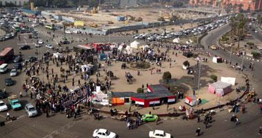 انتظام حركة المرور بالتحرير والشرطة تواصل إغلاق شارع ريحان