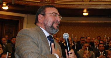 """لجنة الصحة بـ""""الشعب"""" تقريرها """"مبارك"""""""
