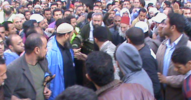 وفاة متظاهر بالسويس متأثرا بطلق