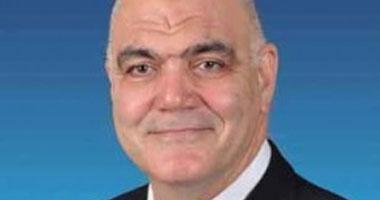رئيس جامعة الإسكندرية عضو بالمجلس العالمى لجمعية تصحيح الإبصار