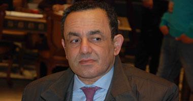 عمرو الشوبكى: لم يتم تقنين التمويل الأجنبى للجمعيات الأهلية حتى الآن