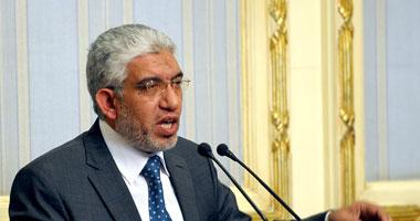 الدكتور حاتم عبد اللطيف وزير النقل