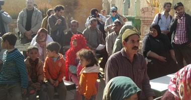 """الإحصاء: 52 ألف مواطن يعيشون فى """"عشش"""" و 2300 بـ""""المقابر"""""""
