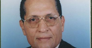 أمين عام مستثمرى أكتوبر السابق يطالب بإقامة معارض منتجات مصرية بالخارج