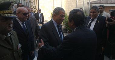 محافظ المنوفية يستقبل عمرو موسى بالديوان العام للمحافظة