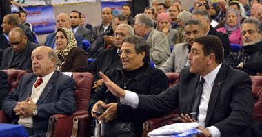 درويش ومنصور وزادة أول الحاضرين بمؤتمر دعم الدستور