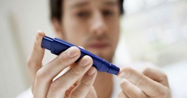 مرض السكر يعكر دم المصريين.. يصيب 8 ملايين و95% مصابون بالنوع الثانى.. تعرف على الأعراض وأسباب الإصابة وطرق الوقاية وأحدث الأدوية.. والطفل المريض  لازم يلعب رياضة
