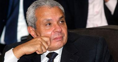 د.�سام كامل رئيس جامعة القاهرة