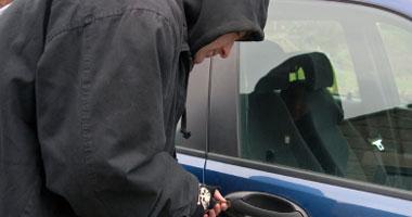 ضبط مسجل أثناء محاولته سرقة سيارة فلاح بالشرقية