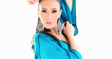 الفنانة المغربية أسماء المنور