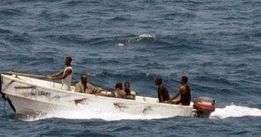 البحرية النيجيرية تنشر 6 سفن و60 زورقا حربيا لمكافحة القراصنة ومهربى النفط