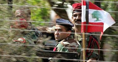 الجيش اللبنانى يتسلم عربات وأجهزة اتصال وأعتدة عسكرية بريطانية S12201117215319