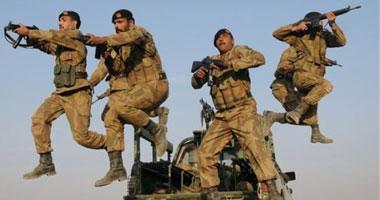 مقتل 10 متمردين وجنديين باكستانيين على الحدود مع أفغانستان