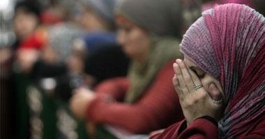 """""""عفاف"""" تقيم دعوى خلع على زوجها بسبب الإساءة الجسدية وقوته المفرطة"""