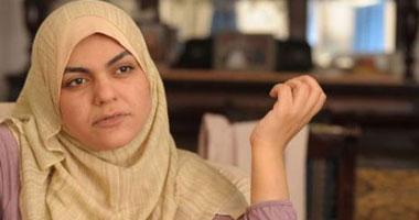 نوارة نجم: مرسى يرسل رسائله للشعب من خلال بلطجية الإخوان