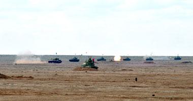 """الجيش ينفذ المناورة """"رعد 23"""" بالذخيرة الحية على الحدود الغربية"""