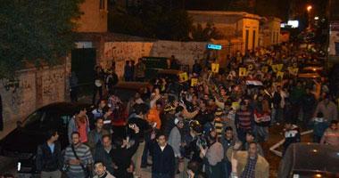 مسيرة ليلية للإخوان بشبرا الخيمة تحرض على مقاطعة الاستفتاء