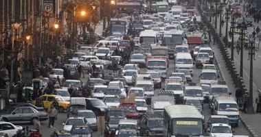 """هنا القاهرة عاصمة الزحام.. التشخيص والأسباب وروشتة العلاج.. البنك الدولى: 50 مليار جنيه """"تتوه"""" فى زحام القاهرة سنوياً.. خطة خمسية لتطوير خطوط الترام وشبكة المترو بتكلفة 40 مليار جنيه"""