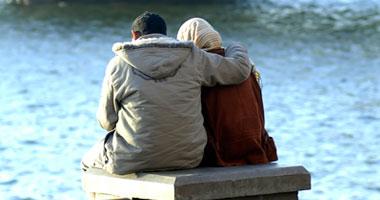الحب يعطل أجزاء التفكير والتقييم فى المخ