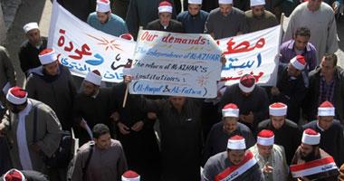 آلاف الأئمة والدعاة ينظمون مسيرة للمطالبة بانتخاب شيخ الأزهر
