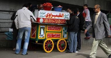 """التموين:""""ننسق مع المحليات لتحويل عربات الفول فى الشوارع إلى قطاع رسمى"""""""