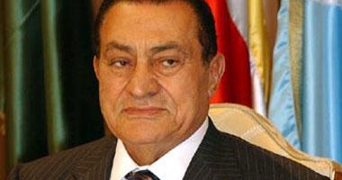 مبارك يسافر السعودية فى رحلة علاج S220117131737