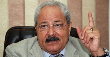 وزير المالية: الشعب يريد لبن العصفور