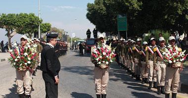 جنازة عسكرية لشهيد الجيش بالمنوفية والأهالى يهتفون ضد الإخوان