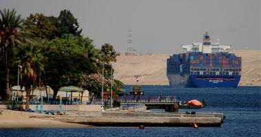 عودة حركة الملاحة بقناة السويس إلى طبيعتها بعد سحب السفينة الجانحة