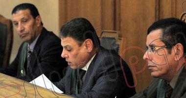 وضع 60 مستشارا على قوائم الممنوعين من السفر للخارج لدعمهم مرسى