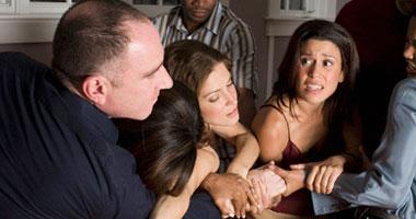 e73bb4b120ad0 العنف الأسرى بين الزوجين يؤدى إلى الطلاق الصامت - اليوم السابع