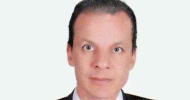 الدكتور أشرف عبد العزيز الأستاذ بجامعة حلوان