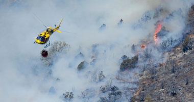 حريق غابات يدفع السلطات الإسبانية لإخلاء منطقة بجزر الكنارى