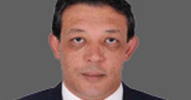 الشعب الجمهورى يطالب بإقالة وزير النقل بعد حادث قطار بنى سويف
