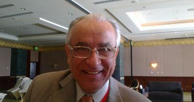 الدكتور يحيى الشاذلى نائب رئيس لجنة مكافحة الفيروسات الكبدية