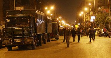 بالصور..تجدد الاشتباكات فى شارع شبرا وإطلاق أعيرة نارية