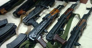 الأمن يسيطر على معركة بين عائلتين بالأسلحة النارية بملوى السبت، 15 يونيو 2013